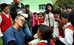 Cusco_031512_Underill_Family_Dr._Gringo_consult_good_photo