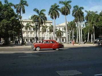 Central_park_in_Havana