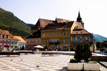 Five reasons to take a volunteer vacation to Romania